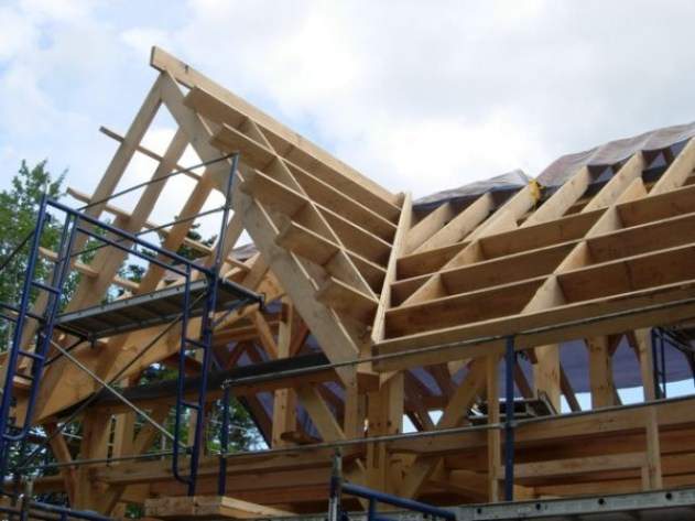 Redmond-Roof-Framing-600x450