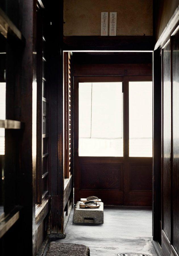 maoyashi-machiya-kyoto-house-uoya-shigenori-japan-architecture-residential_dezeen_2364_col_4-852x1217
