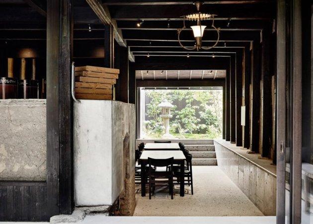maoyashi-machiya-kyoto-house-uoya-shigenori-japan-architecture-residential_dezeen_2364_ss_4-852x609