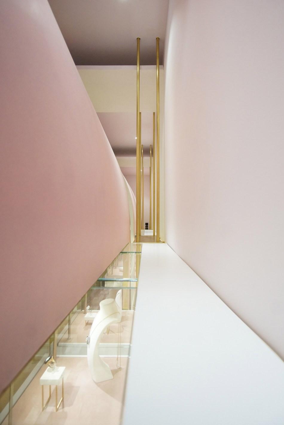 nuun-jewellery-shop-java-architectes-interiors-retail-paris-france_dezeen_2364_col_3
