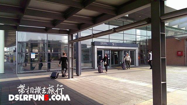 airport-feeder-bus_6