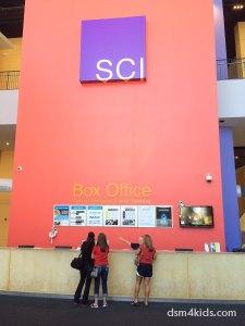 kids-activities-des moines-science-center-iowa