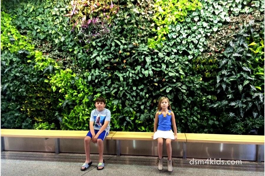 Tips 4 A Family Fun Day At Greater Des Moines Botanical Garden    Dsm4kids.com