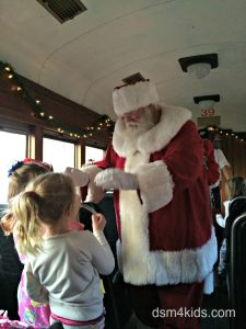 Tips 4 a Family Fun Day on the Santa Express – dsm4kids.com