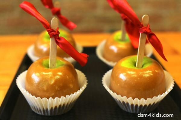 5 Fun Ways to Celebrate Fall with Your Family – dsm4kids.com
