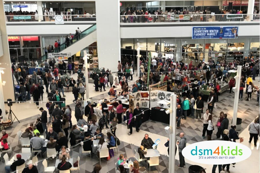 Des Moines Shopping >> 2018 Holiday Craft Fairs And Markets In And Around Des Moines