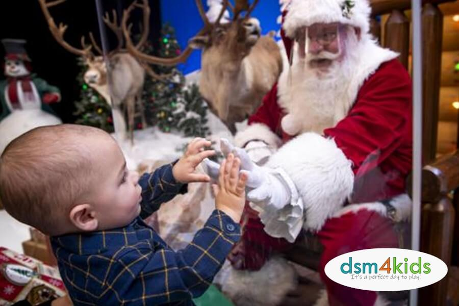 Holiday 2020: Best Spots for Pictures with Santa this Christmas in
