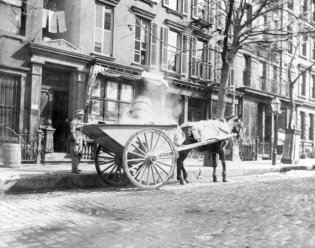 1896 Vintage Photos of Street Cleaners (9)