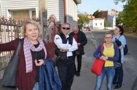 Під час мандрівки Дрогобичем, біля будинку Бруно Шульца