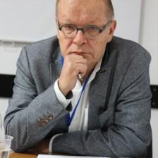 Професор Рафал Стобєцкі (Лодзь)