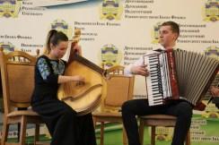 Грає дует - Мар'яна Когут та Роман Дидик