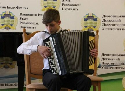 Микола Дутко