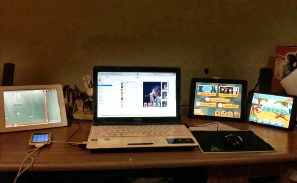Meja kerja Agung