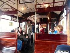 Wagen 220 wurde zum Zweirichtungswagen, der auch allein auf der Rothenburgsorter Strecke fahren konnte. Da die S-Bahn schneller war, war diese Linie stets defizitär und wurde nach dem 2. Weltkrieg nicht wieder aufgebaut (wurde in den Feuersturmnächten 1943 stark zerstört)...