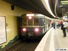 ET 171 082 in Landungsbrücken