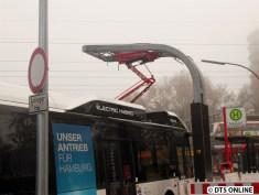 Der Bus wird aufgeladen