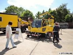 """Multicar-Fumo (Zweiwege-Fahrzeug) - """"Das Fahrzeug wird eingesetzt zum Auswechseln von Weichenantrieben und Weichensteuerschränken"""""""
