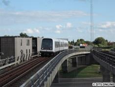 M1 nach Frederiksberg. Die M1 und M2 können aufgrund von Bauarbeiten nicht bis zur Endhaltestelle fahren.