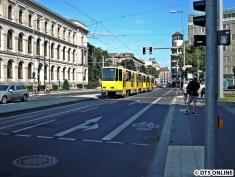Die neue Strecke war in Hand der Flexitys, doch auch eine ältere Bahn verkehrte an diesem Tag.