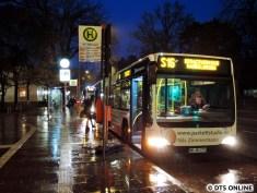 Ein Bus zeigte sogar S916 an, diese Liniennummer taucht aber sonst i.d.R. nicht außen sondern nur innen auf.