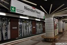 Die Haltestelle liegt am Nordalbingerweg und sollte ursprünglich auch so heißen.