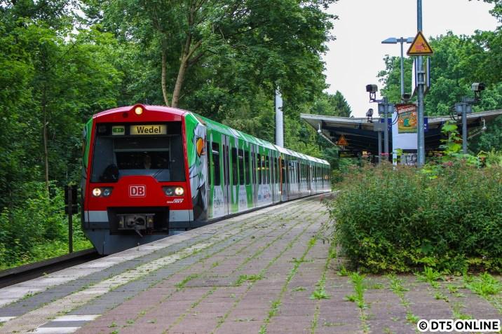 Der neue Werbezug im Haltepunkt Hamburg-Hoheneichen
