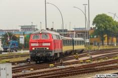 Nach einer ungeplant langen Pause auf dem Bahnhof Hamburg Süd setzt sich der Zug in Richtung Stellwerk Hsw in Bewegung