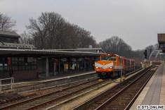 Und, wie der Zufall so will, folgte sogleich auch die Akkulok hinterher. Nicht ins S-Bahn-Werk, aber zum Lagerplatz der HOCHBAHN