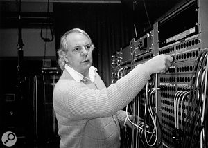 Stockhausen retained his interest in electronic composition throughout his life. This photo, again taken in WDR, dates from 1996.