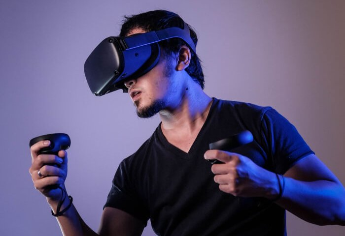What to Consider When Buying a VR Headset