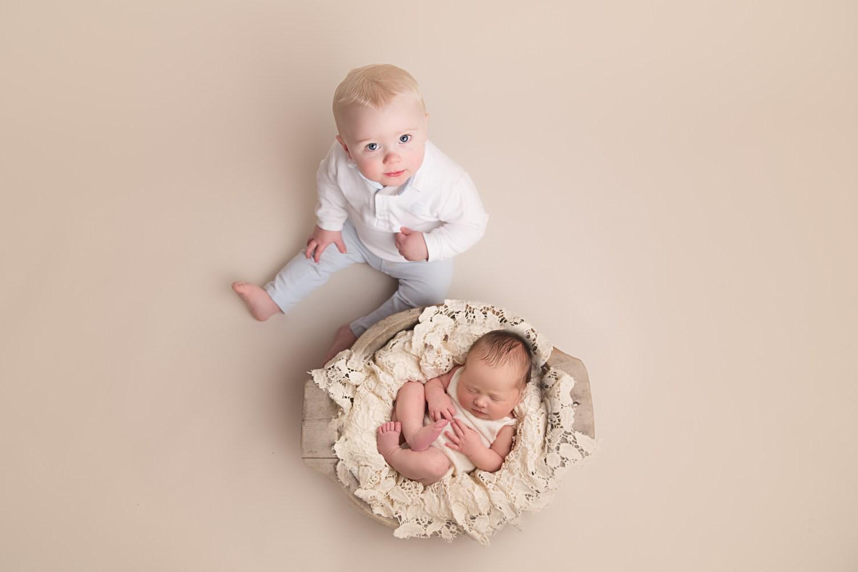 glasgow baby photographer - sibling shot