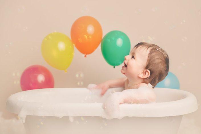 Cake Smash Glasgow - baby in bath