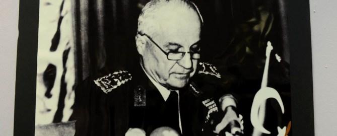Türkei stellt Putschisten von 1980 vor Gericht