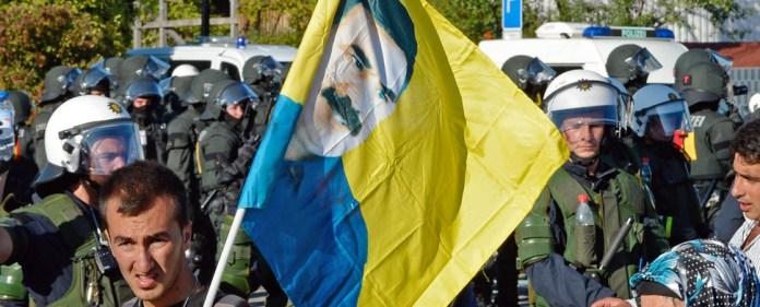 Özdemir: Mehrheit lehnt Gewalt nicht ab