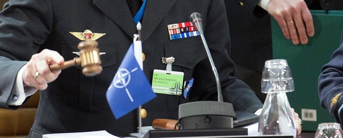 Die NATO: Schutzbündnis oder Imperialmacht?