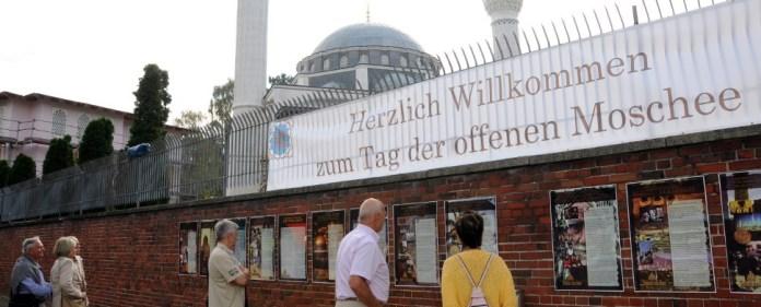 Der gläserne Muslim – ist das die Lösung?