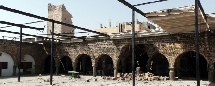 Syrien: Assad-Kräfte greifen Moschee aus Zeiten des Kalifen Omar an