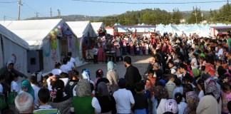 Türkisch-Olympiade im Flüchtlingszelt