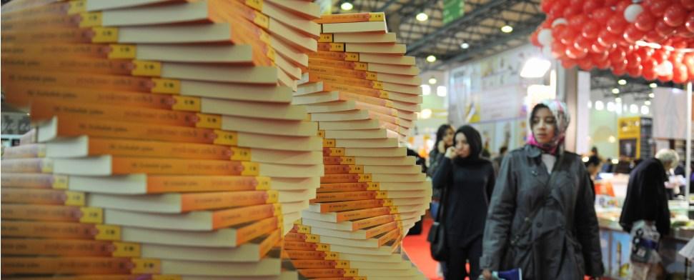 Obwohl in der Türkei die Digitalisierung Einzug hält, boomt das Geschäft für traditionelle Buchverlage. 2013 kaufte jeder Einwohner im Schnitt 7,1 Bücher.