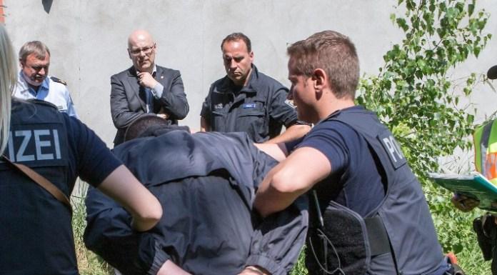 Prügelpolizisten – ein chronisches Leiden?