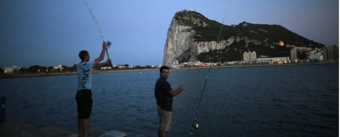 Großbritannien schickt Kriegsschiffe nach Gibraltar