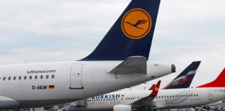 Maschinen der Lufthansa und Turkish Airlines.