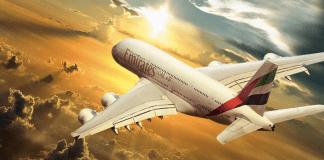 Ein Flugzeug der Fluggesellschaft Emirates.
