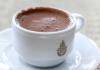 Eine Tasse türkische Kaffee