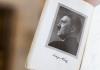 """Hitlers Propagandabuch """"Mein Kampf"""" hat knapp 90 Jahre nach der Erstveröffentlichung einen heftigen Streit in Bayern ausgelöst."""