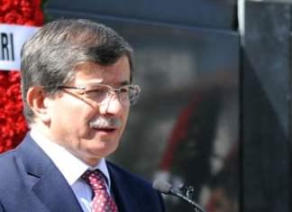 Im Rahmen einer Pressekonferenz in Brüssel trat Außenminister Ahmet Davutoğlu Behauptungen armenischer Kreise und der syrischen Regierung entgegen, wonach die Türkei den Terroristen die Einnahme von Kasab ermöglicht hätte.