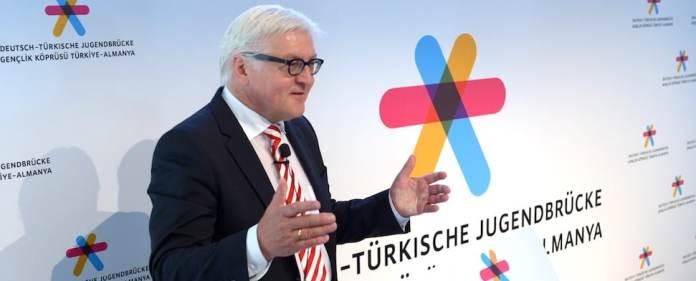 """Deutsche Außenpolitik: Zur Förderung des Jugendaustausches zwischen Deutschland und der Türkei wurde nun eine """"Deutsch-Türkische Jugendbrücke"""