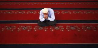 Religion ist eine der wichtigsten Bruchlinien innerhalb der türkischen Gesellschaft. Unter der Einschränkung der Religion hat die Mehrheit lange gelitten. Einen freiheitlichen Laizismus brauchen wir alle - besonders die Gläubigen unter uns. (rtr)