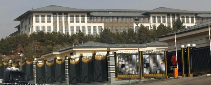 Ak-Saray-Erdoğan-Verschwendung-Architektenkammer-Ankara
