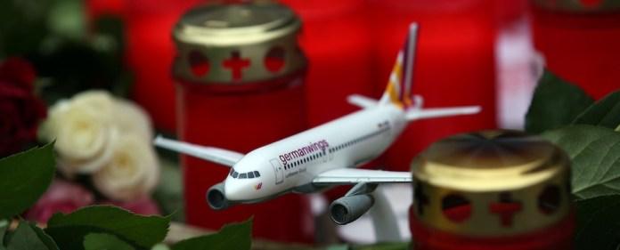 Nach dem Absturz von Germanwings-Flug 9525 fällt der Betroffenheitstourismus vieler Politiker auf. Wo bleiben Ruhe und Distanz bei solchen Katastrophen?